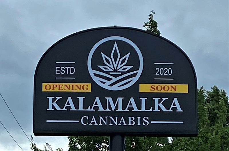 Vernon Cannabis Dispensary sign - Kalamalka Cannabis